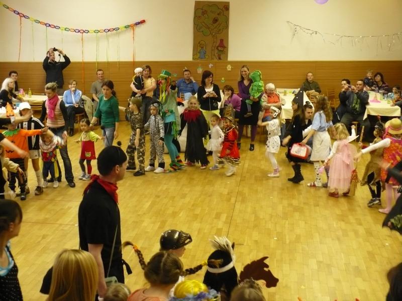 Dětský maškarní ples 26.3.2011